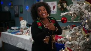 Shirley and her Christmas tree, Community
